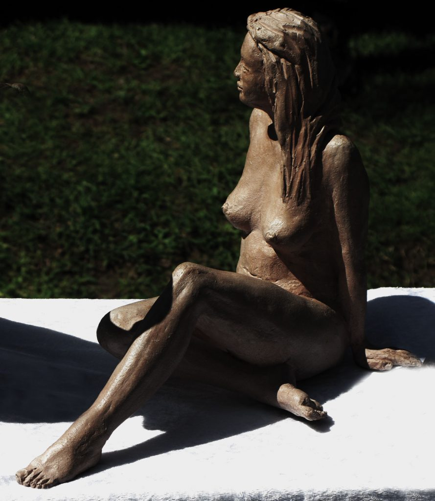 femmes bronzant